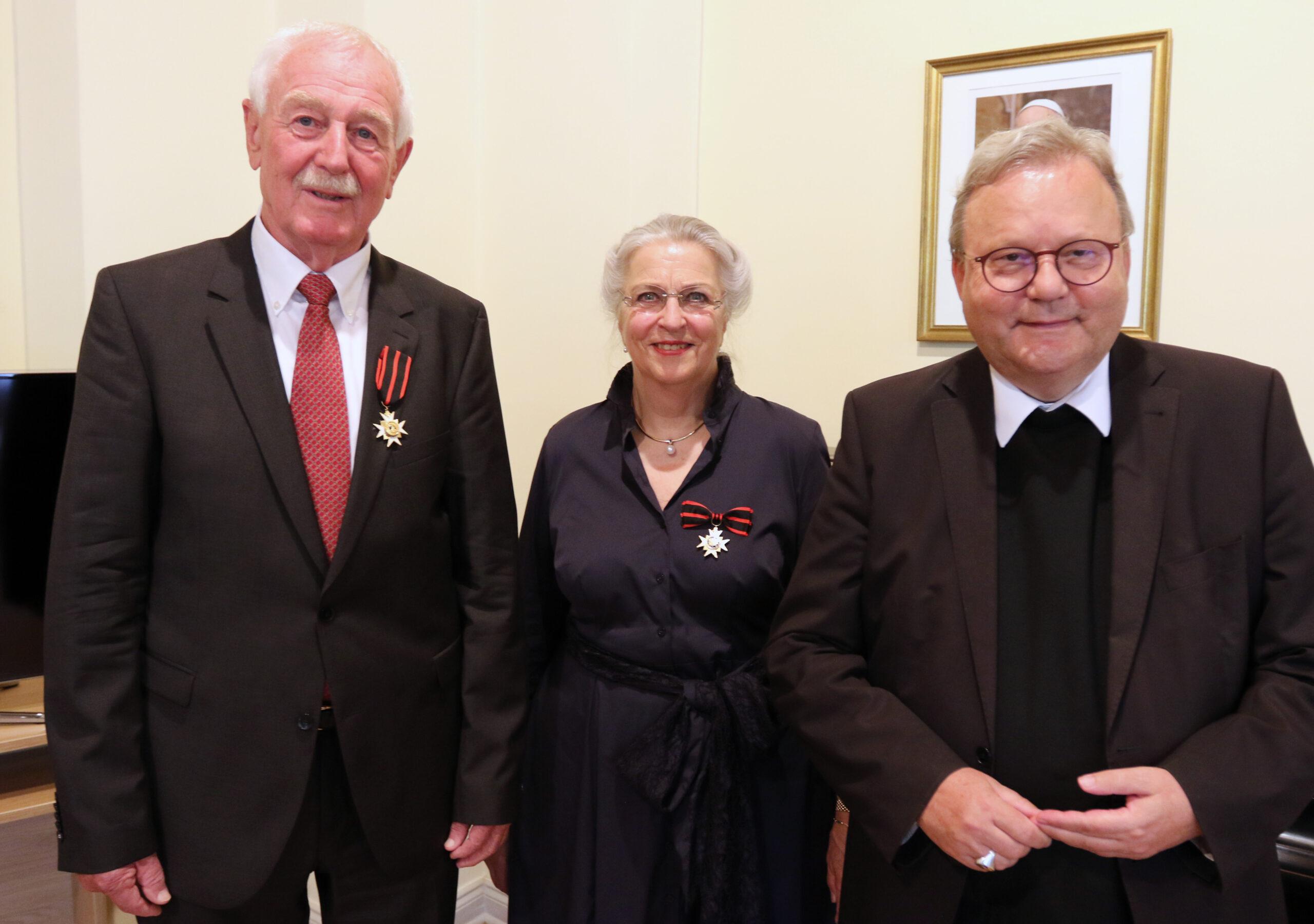 Doris Schomaker erhält den Silvesterorden